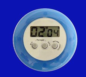 Cronômetro regressivo com memória e alarme